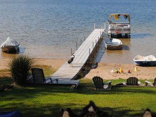 Lakefront Cottage! Beautiful Sunsets! Sandy Beach! PONTOON BOAT available!