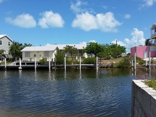 2 houses 4 Bedroom With Dock