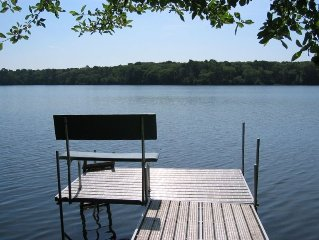 Brewster Waterfront GET-AWAY on Walker Pond!  Family and dog-friendly. A/C.