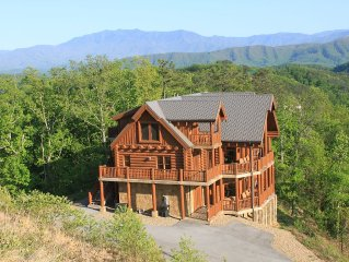 Majestic Mountaintop Retreat - Incredible Views, Unmatched Luxury