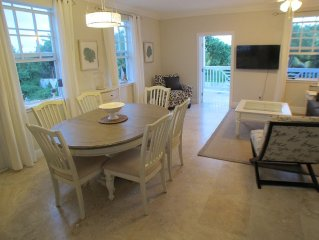 NEW!Fully Equipped w FREE Resort Access~Parking~Snorkles~Beach-Tennis~Playground