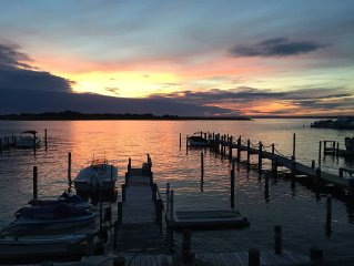 Bayfront with dock - 3 BR 2.5 Bath 2-story - Central A/C - One block from beach