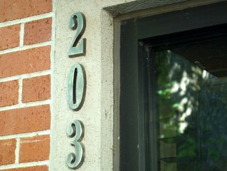 Quiet Executive Condo In Fayetteville' Oldest Historic District.
