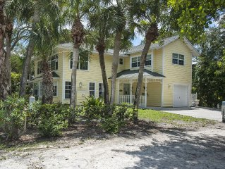 Key-West Style Cottage, Walking Distance To Beach In Summerplace