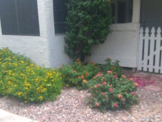 Resort Like, Beautiful Condo, Heated Swimming Pool, Close To Everything In Mesa