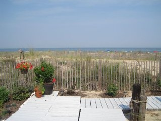 Indirect Oceanfront 3BR/2BA - Ocean Views! Direct Beach Access & Pool
