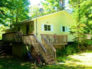 Country Getaway on Muskoka River, Bracebridge