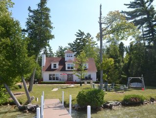 Family Friendly, Private, Beautiful Lakefront Home, Leelanau County