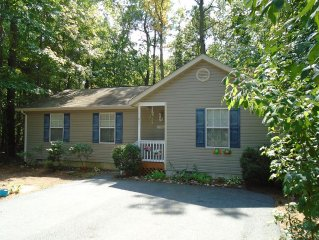 Vacation Cottage Nestle in the Pine Trees of Ocean Pines