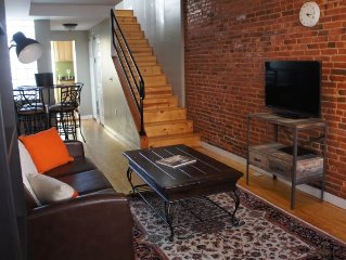 Renovated Canton Rowhome Near Waterfront