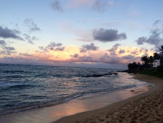 Steps to secluded Hawaiian beach - Relax on deck - Near Laie - Full Kitchen -