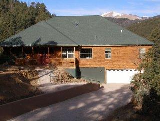 Twin Mountain Ruidoso Luxury Cabin