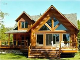 Beautiful Home Close to Makinac Island andTaquemenon Falls!  Come Explore the UP