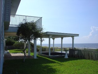 Waters Edge Beachfront 3/2.5 private residence