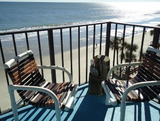 RELAX UNDER THE PALMS AT THIS BEAUTIFUL OCEAN FRONT CONDO Surfside Beach, SC
