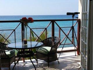 Beachfront - Relaxing views