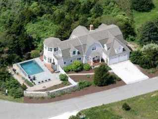 Stunning Property with Private Pool and Walk to Ocean Beach Location