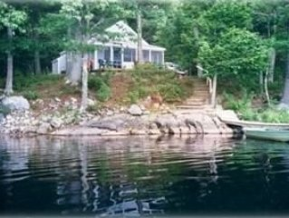 Loon Cove Cottage ..Secluded.. Quiet..Waterfront.