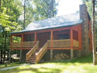 20 minutes from Gettysburg!  Great location for all seasons!
