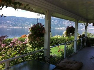 Beautiful Lakehouse (Semi-Lakefront) with Stunning views