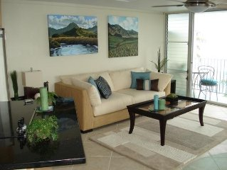 Beachfront End-Unit w/ Wrap Around Lanai!!