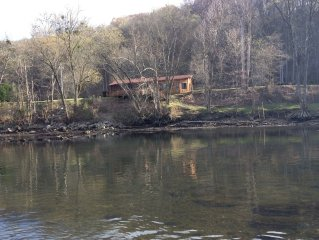 TN Norris Lake & Clinch River Trout Fishing - Out The Back Door!