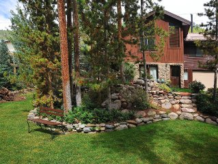 3bdrm/2bath Summer in the Mountains! Private Hot Tub Sleeps 6