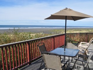OCEAN FRONT - Nominated for 2016 'Best of the Northwest Escapes'