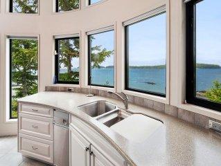 Tofino Luxury Beachfront on 2 private acres