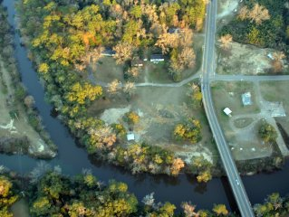 The Lodge on Pea River - Call for single room rates and for one night stays