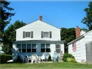 5BR, Lovely Beach House with Private Beach