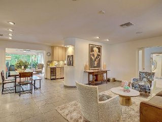 Remodeled 3 Bed/3 Bath Designer Villa with Heated Pool and Spa