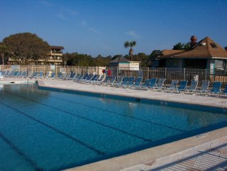 Front Row View ~ Private End Unit w/WI-FI ~ Enjoy Oceanfront for Less!