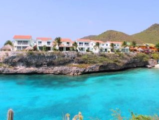 Oceanfront 3BR Condo at Playa Lagun with Fabulous View