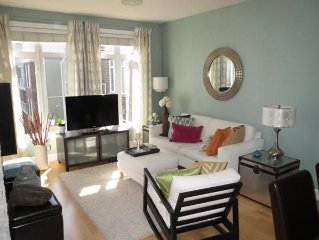 Steveston Village - Charming One Bedroom Apartment for C$2500 monthly