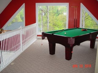 Beautiful Lake Chalet: Pool, Hot Tub, Pool Table, Boat Ramp, Boat Storage