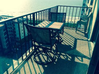 Fall/Winter dates available-Book now!  Incredible ocean view **5 star reviews**