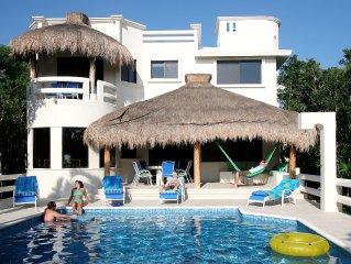 Casa La Via - Secluded Luxury Villa in Gated Sirenis Resort