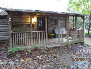 Log Cabin from the 1800's with modern amenities conveniently located