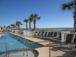 Amazing Ocean Front Condo..Get out of the Cold...Nov/Dec. special Rate