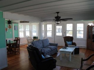 Main LBITotally Renovated - Walk To Everything - Bring Your Family & Your Boat