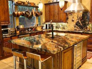Fantastic Location & Luxury  3700 sq.ft HEATED POOL & SPA, gated near Scottsdale