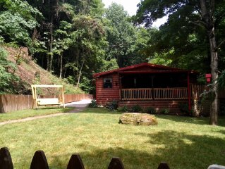 Secluded Cabin 3Bed/3Bath Max 6 people 2 King Masters,15 Minutes To Nashville