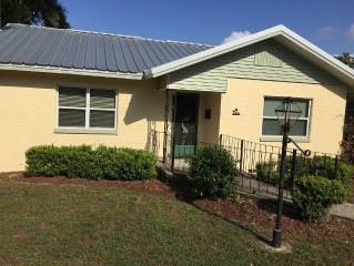 OSPREY COTTAGE- Great Historic Eustis Location!  Super Cute -Key West Flair