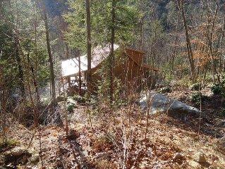 Red River Gorge/Natural Bridge Ky State Park, KY Wildflowers, LLC (Sleeps 8)
