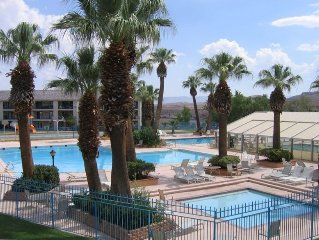 Las Palmas - Green Valley Spa Access Included