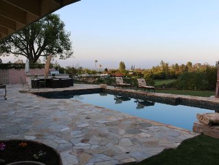 Beautiful Views, 4 Bedroom South Facing Pool Home