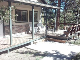 Family Friendly, Quiet, Relaxing Home Away From Home Sleeps 6/7.