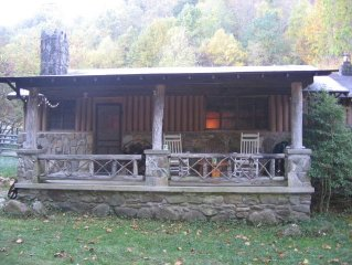 Waterstone Cottage - Only $115 Per Night!