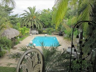 """Spectacular  Tropical View  Home, 4 Bedroom with Large Pool"